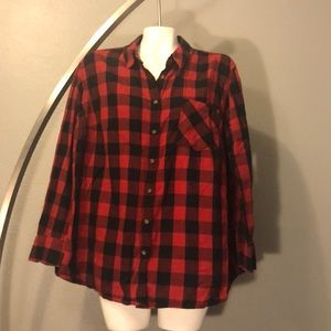 Red and Black Plaid Top Size 3X